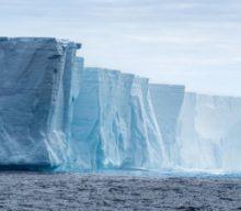 ¿Que hay de bajo del hielo de la Antártida?
